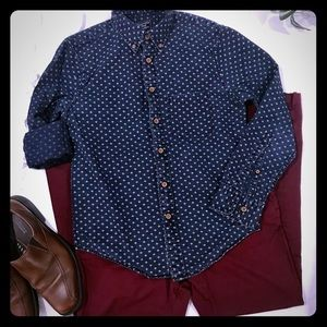 A&F mens XS navy blue button down long sleeve